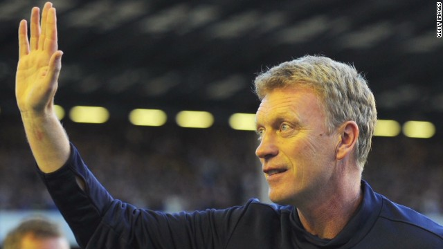 Man United names Moyes as new manager