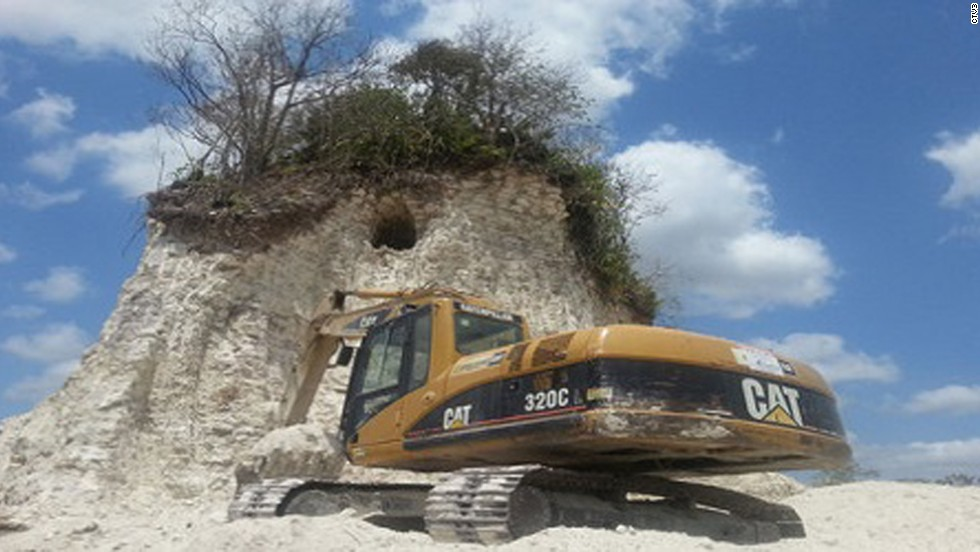 The 2,300-year-old Mayan pyramid at Noh Mul was destroyed to make fill for roads in Belize, local media report.