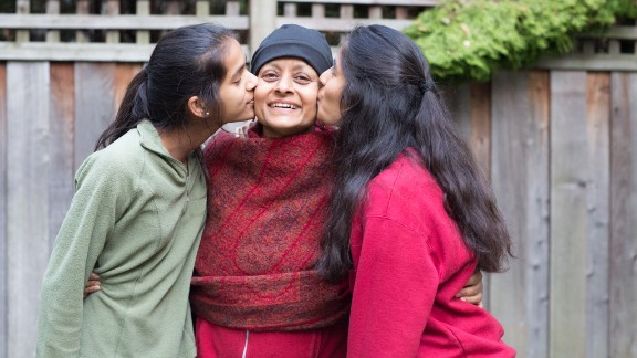 Stanford professor Nalini Ambady with her daughters, Maya (right) and Leena (left).