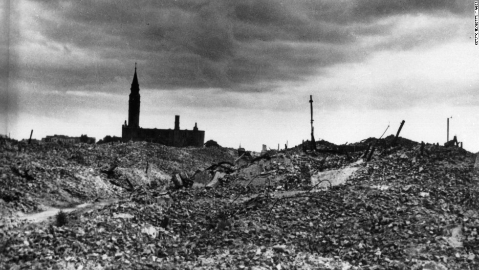 Only ruins and rubble remained from the central Warsaw district after the Nazis completed their plans. Symbolically, the Great Synagogue of Warsaw was demolished last.