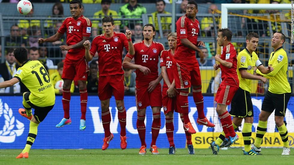 Bundesliga at stake as Bayern, Dortmund meet in 'Klassiker ...  |Bayern-dortmund