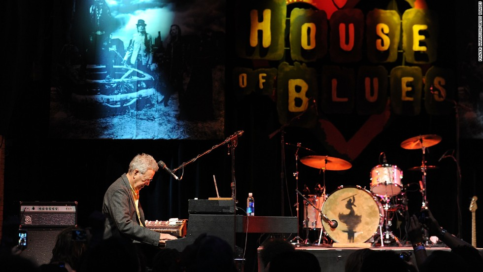 Manzarek performs at the Annual Sunset Strip Music Festival's Tribute to Motley Crue at the House of Blues in Hollywood, California, on August 18, 2011.
