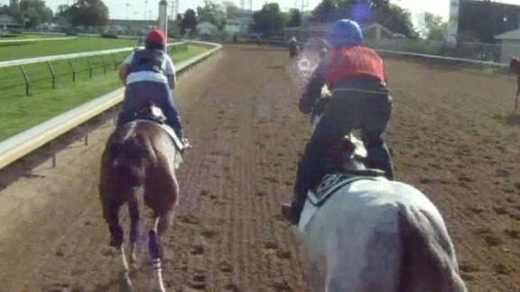 winning post horse racing kentucky derby_00000529.jpg