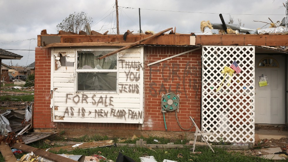 "A message is left by a homeowner who lost his home in the May 20 tornado on Monday, May 27, in Moore, Oklahoma.  <a href=""http://www.cnn.com/2013/05/20/us/gallery/midwest-weather/index.html"">View more photos of the aftermath in the region</a> and another gallery of <a href=""http://www.cnn.com/2013/05/21/us/gallery/oklahoma-tornado-aerials/index.html"">aerial shots of the damage</a>."