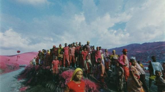 Internally displaced people form a crowd at Rubaya, South Masisi, North Kivu.