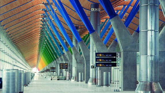 <strong>No.2 Mega Airport: </strong>Madrid-Barajas Airport: Spain's Madrid-Baraja Airport, with a terminal designed by UK architect Richard Rogers, has a punctuality average of 83.63%. <br />