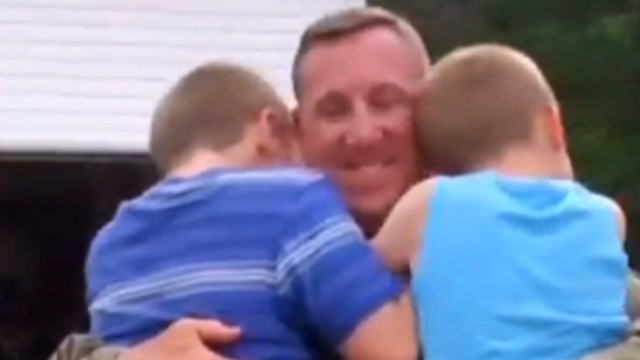 military father surprises kids _00005602.jpg