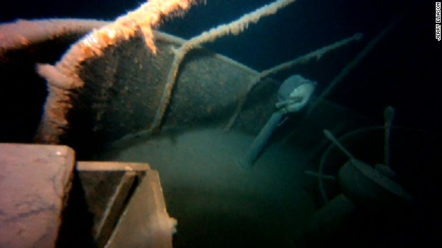 2013: 1913 shipwreck found in lake