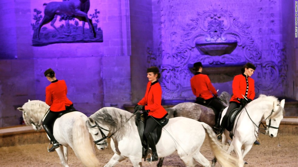 The historic site also has 30 breeds of horses, with trainers in distinctive red jackets putting on regular performances for visitors.