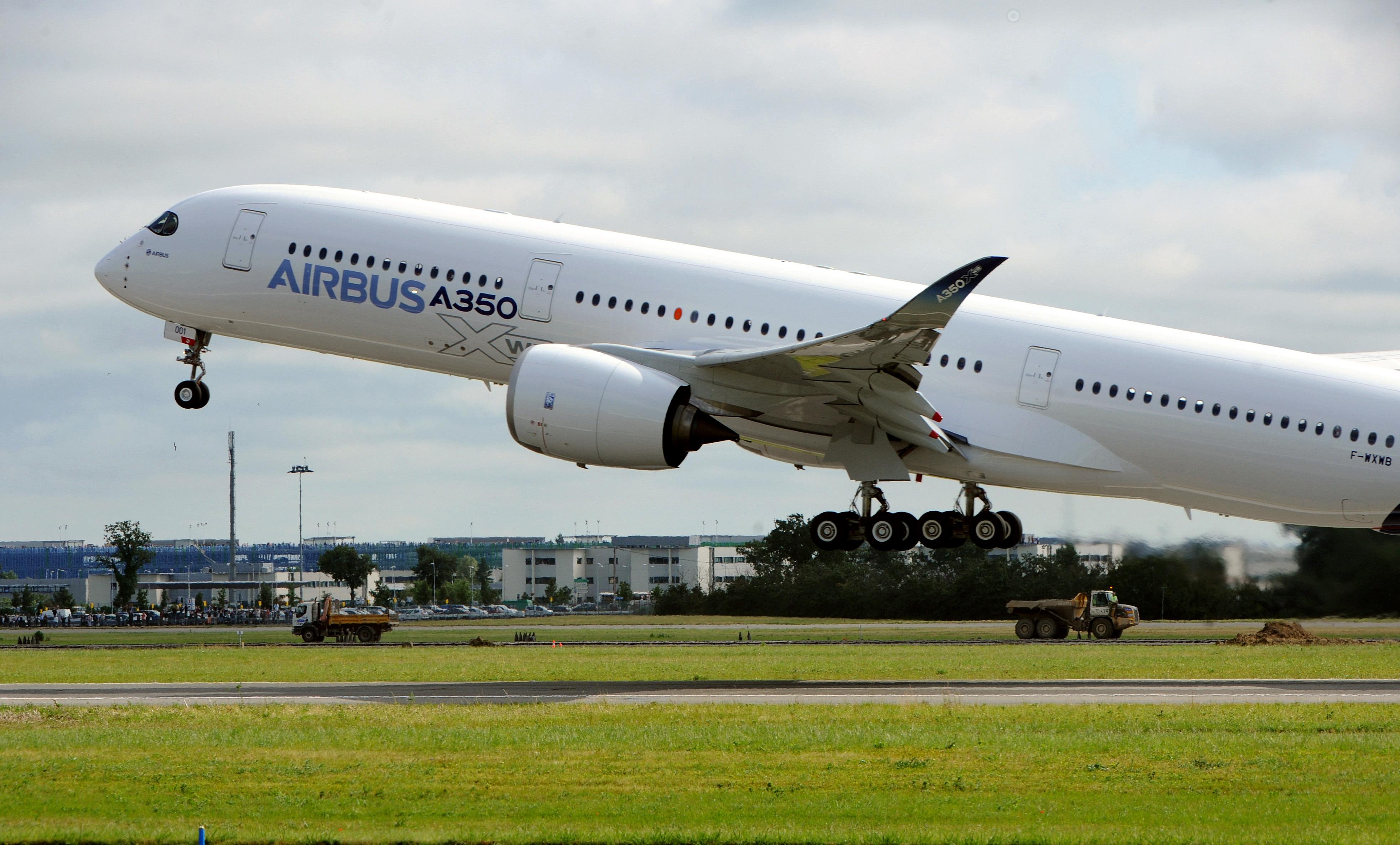 airbus sends first a350 xwb into the sky cnn travel