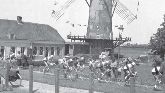 The race first went outside of France in the 1954 edition as it visited the Netherlands.