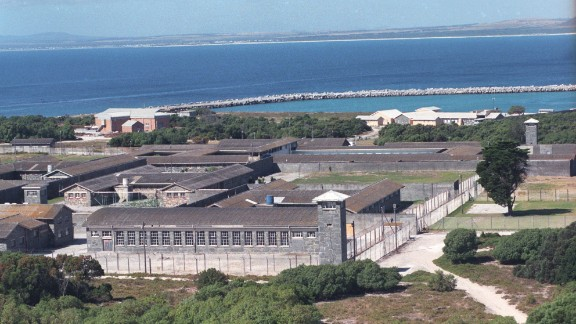 The last of the political prisoners on Robben Island were released in 1991, and until 1996 the island was used as a medium-security prison for criminal offenders.