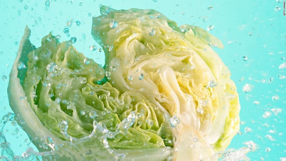 Salad eaten at Iowa, Nebraska restaurants blamed for illness ...