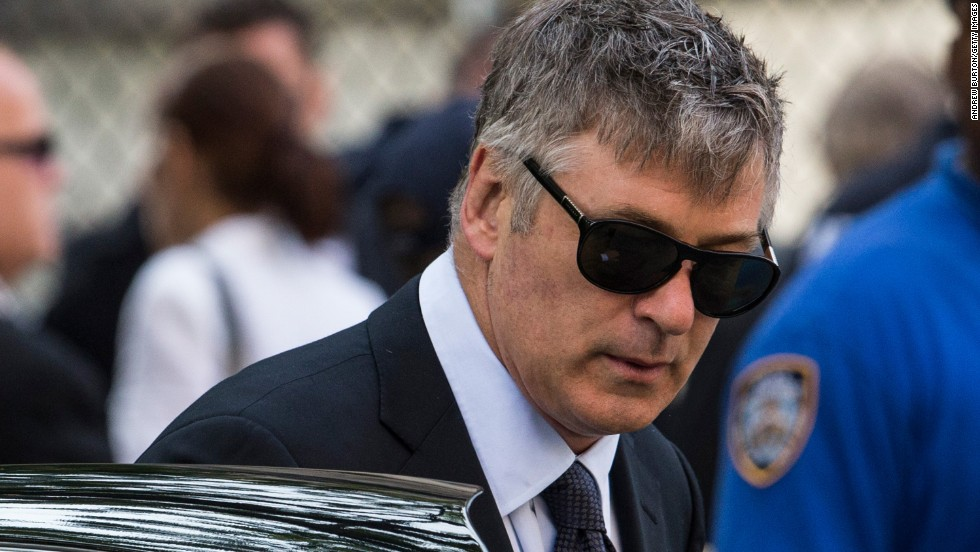"In June 2013, Baldwin <a href=""http://www.cnn.com/2013/06/28/showbiz/alec-baldwin-twitter-war/index.html"">once again took to Twitter</a> to slam a reporter who claimed that Baldwin's wife, Hilaria, was tweeting during the funeral of ""The Sopranos"" star James Gandolfini."