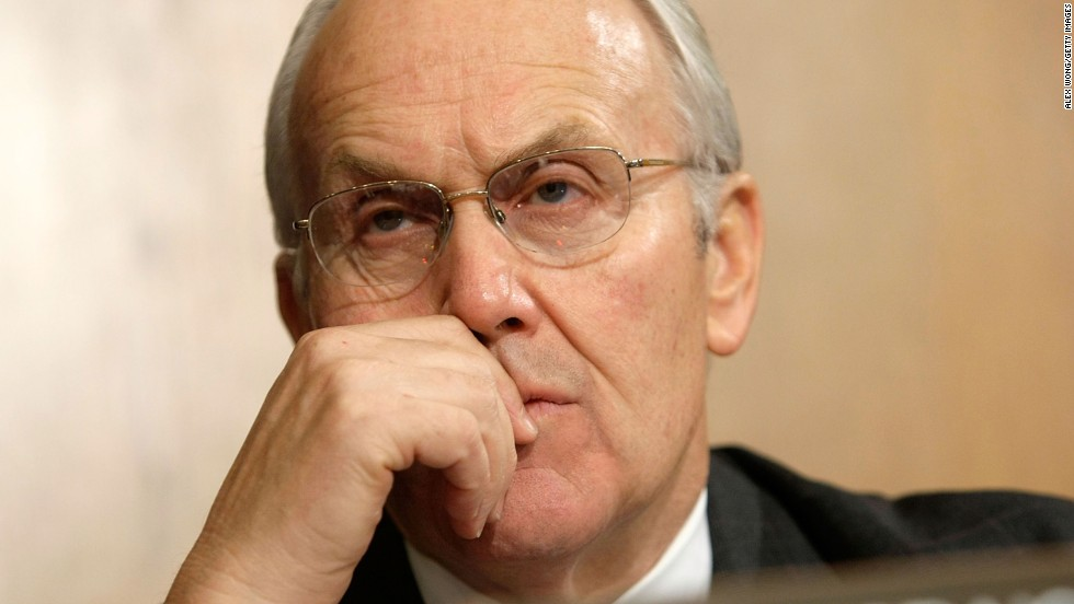"U.S. Sen.<a href=""http://www.cnn.com/2008/POLITICS/02/22/craig.appeal/index.html"" target=""_blank""> Larry Craig</a> of Idaho employed Smith after being caught in a sex sting in a men's room at the Minneapolis-St. Paul airport in 2007."