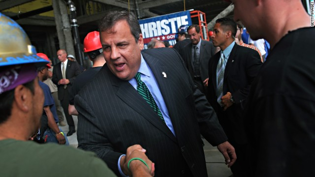Christie takes jabs at Republicans