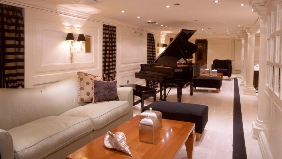 The luxury lounge area still has the original piano where Maria Callas and Frank Sinatra would entertain guests.