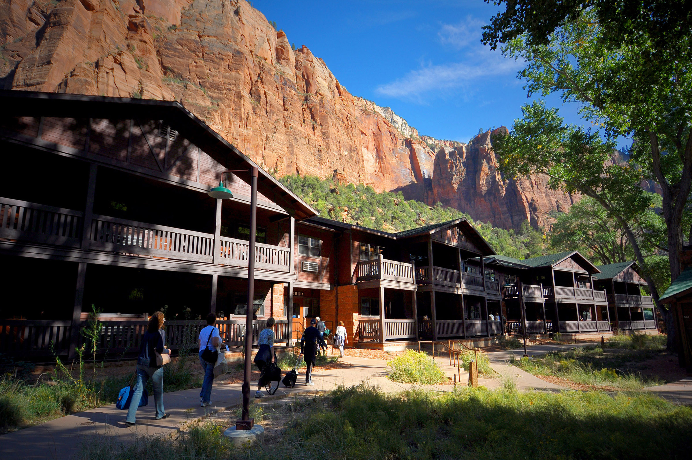 lodge article zion cabins spectacular cnn national travel park lodges index