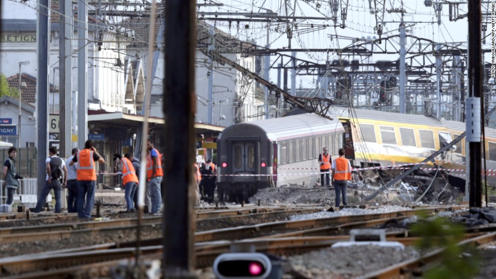 At least 6 dead in train derailment near Paris, French official says