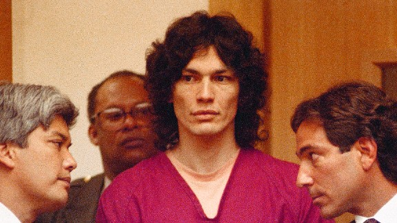 Richard Ramirez, center, with attorneys, Randall Martin, right and Daro Inouye, left in a San Francisco courtroom Oct. 5, 1990. Ramirez was convicted of 13 sex slayings the mid-1980s. (AP Photo)