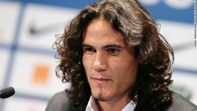 Edinson Cavani has signed for Paris Saint-Germain in a record deal for a French club.