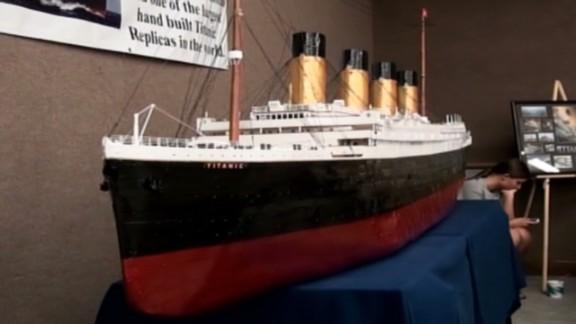 dnt in titanic ship replica_00000825.jpg