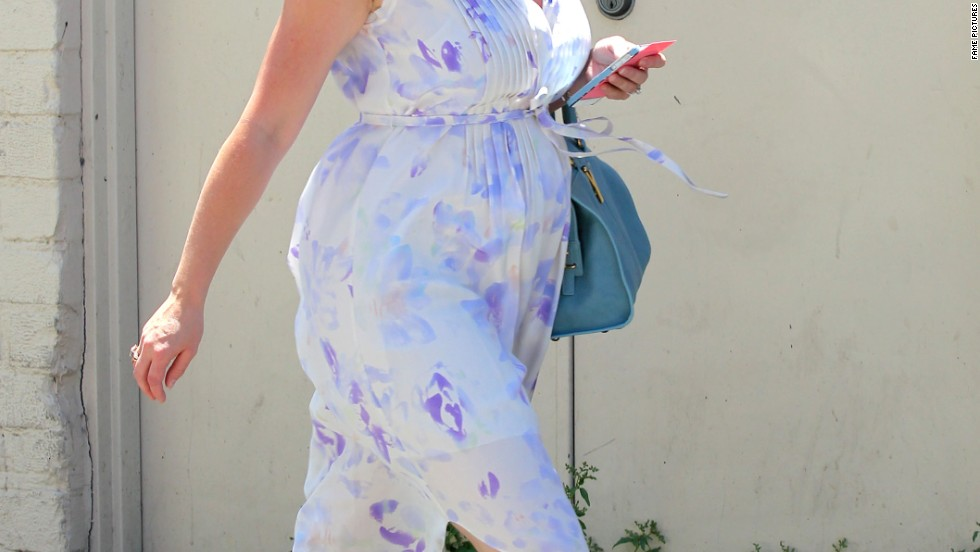 Jennifer Love Hewitt shows off a bit of a baby bump in Los Angeles on July 17.