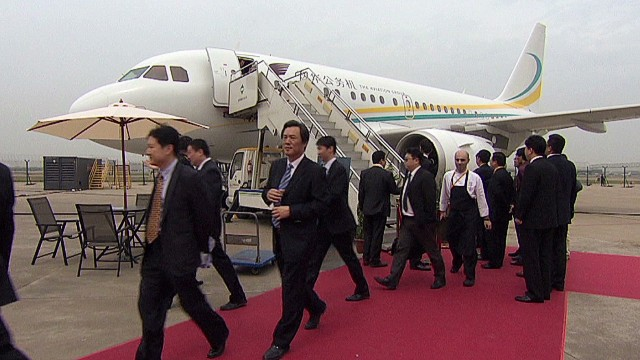 qmb chinese business jets wu pkg_00002828.jpg