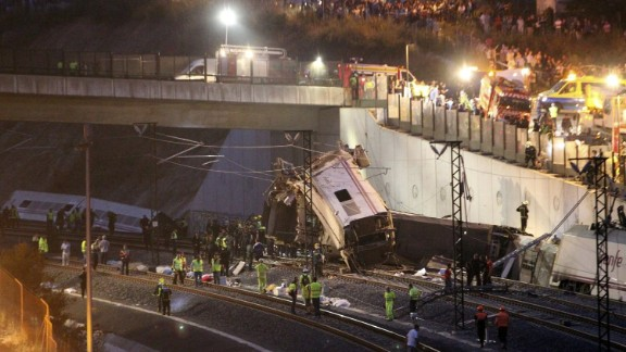 """""""The efforts now center on searching for bodies and victims that could still be alive in the wreckage of the cars,"""" journalist Ignacio Carballo from the Voz de Galicia newspaper told CNN en Español."""