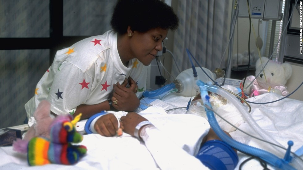 Mary Ligons visits her daughter, 15-year-old Brandy, at an Oklahoma City hospital two days after the bombing. Brandy was the last survivor pulled from the destroyed building.
