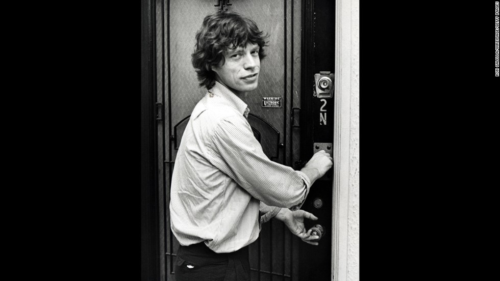 Jagger Returns To His New York Apartment After Attending A Jimmy Cliff Show In 1981