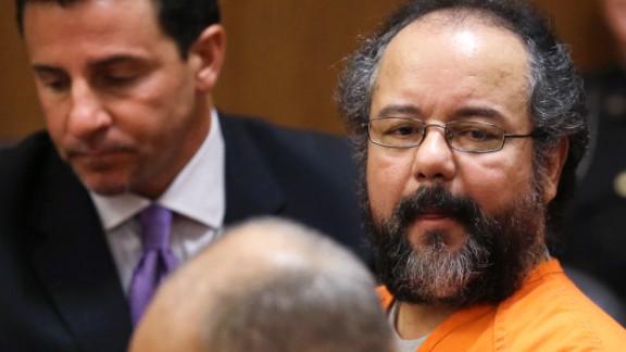 Ariel Castro looks at the prosecutors