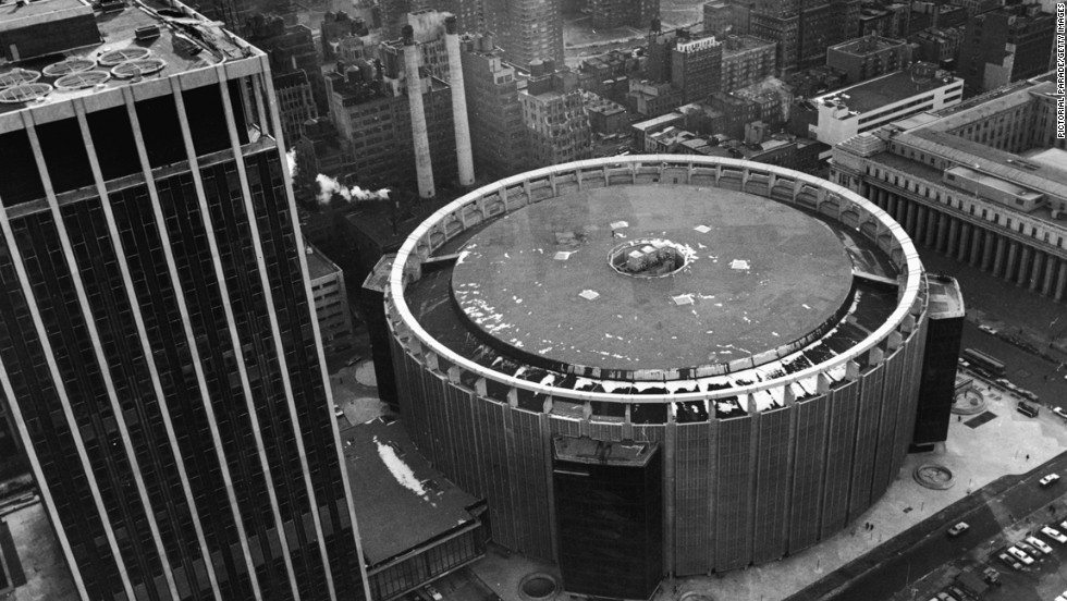 Madison Square Garden Gets 10 Years To Find New Location Cnn