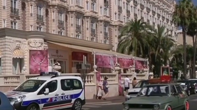 Cannes hit by another jewel heist