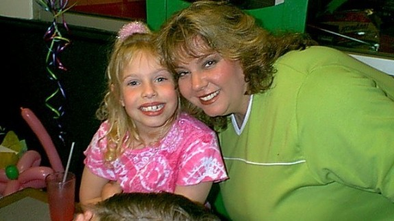 Christie Morgan celebrated her daughter Brielle's 7th birthday at a pizza place in Lubbock, Texas. Morgan says she thought she weighed 334 pounds at the time but was shocked when she later found out she weighed 403 pounds.