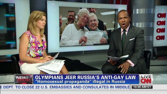 Olympians jeer Russia's anti-gay law