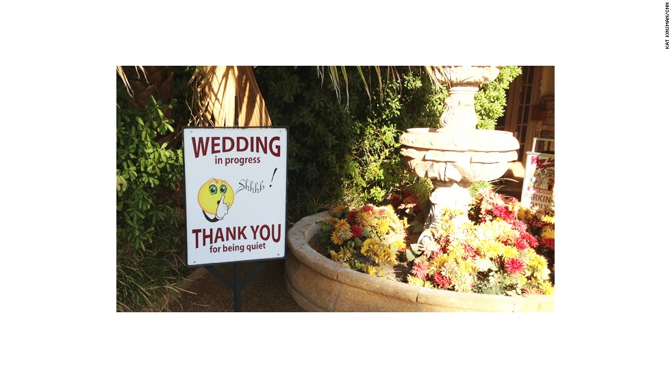 Shhhh! There's a wedding on at Viva Las Vegas!