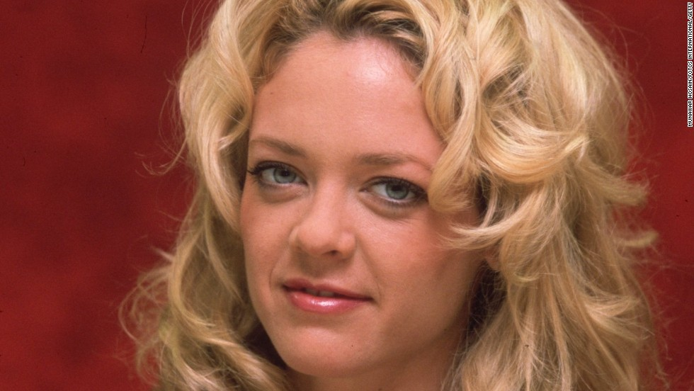 "Actress <a href=""http://www.cnn.com/2013/08/15/showbiz/lisa-robin-kelly-dead/index.html"" target=""_blank"">Lisa Robin Kelly</a>, one of the stars of TV's ""That '70s Show,"" died August 14, according to her agent, Craig Wyckoff. Kelly was 43."