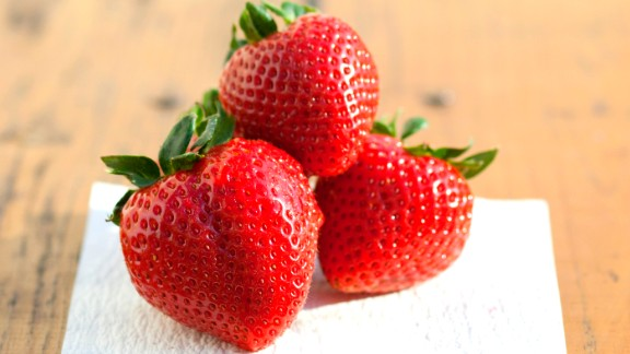Berries can ease congestion, but if you have an allergy, they might cause you to feel itchy.