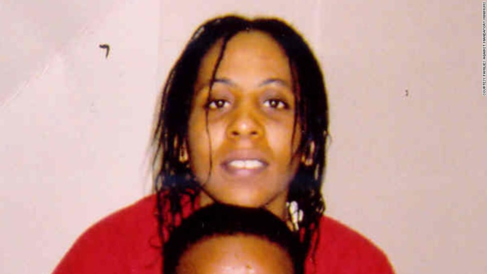 "In 2006, <a href=""http://famm.org/FacesofFAMM/FederalProfiles/TelishaWatkins.aspx"" target=""_blank"">Telisha Watkins</a> was arrested in North Carolina and charged with conspiracy to possess with intent to distribute cocaine and cocaine base. She is serving a 20-year sentence. Watkins arranged for a former neighbor, who was a police informant, to purchase cocaine from a dealer. However, crack cocaine was found in the dealer's van, for which Watkins was held responsible. Because of her prior convictions and the crack cocaine, she was given a much harsher sentence."