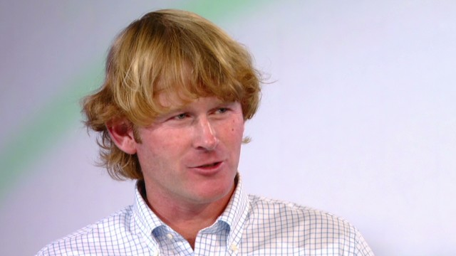 Golfer Brandt Snedeker talks about his return after bone disease