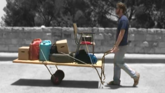 The simple yet efficient Paklaot can transform anything from doors to tables into a sturdy trolley, which can then transport possessions away from disaster zones