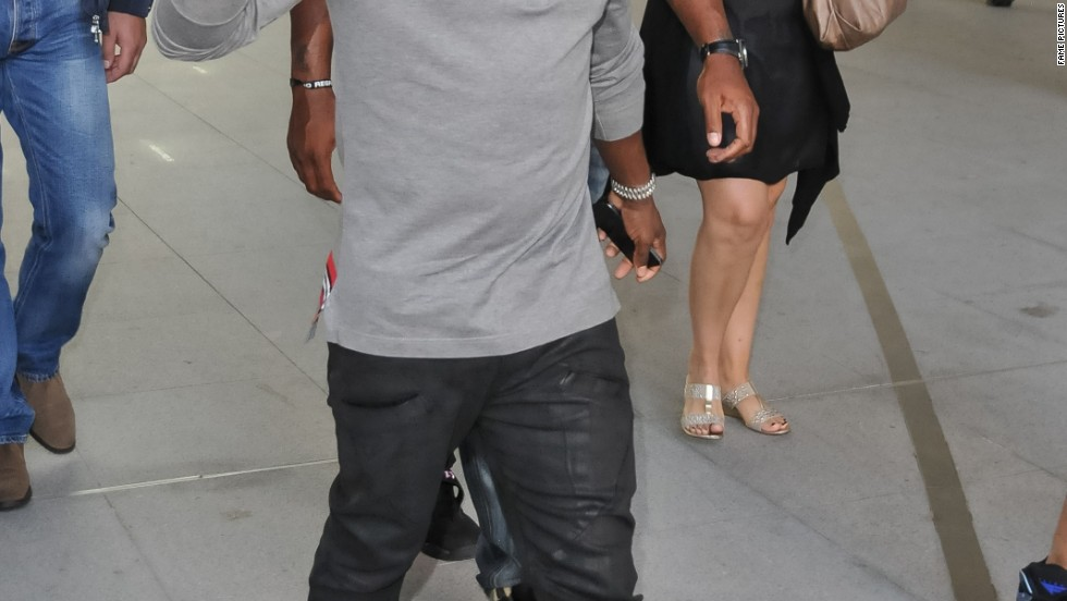 Kevin Hart waves to fans as he visits BBC Radio 1's studios in London on August 27.