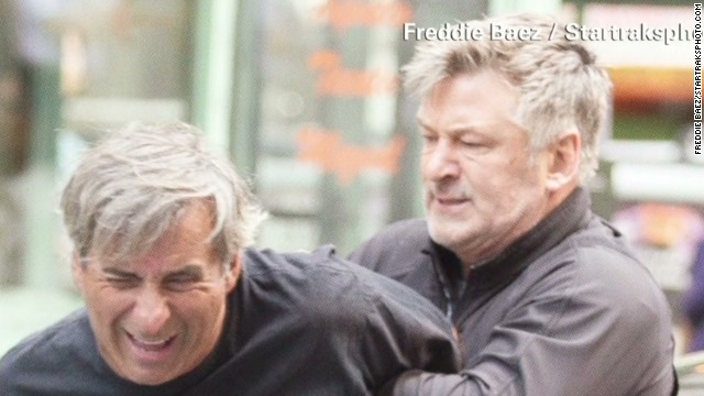 Alec Baldwin pins paparazzo against car