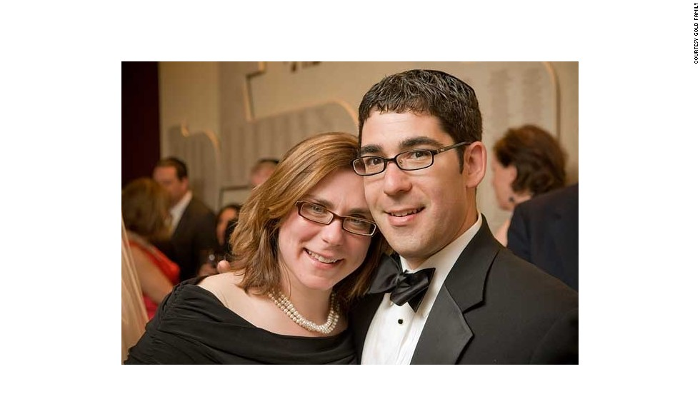 Randy and Caroline Gold met in December 2003. Knowing that one in five Ashkenazi Jews in the United States are carriers for a genetic disease, the Golds were screened before they got married in 2004.