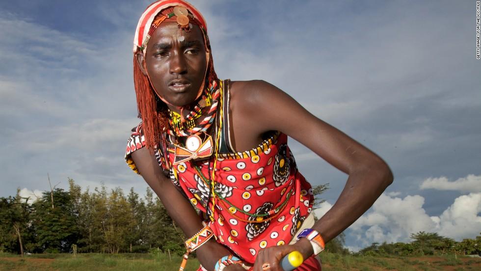 Maasai warriors swap spears for cricket bats - CNN