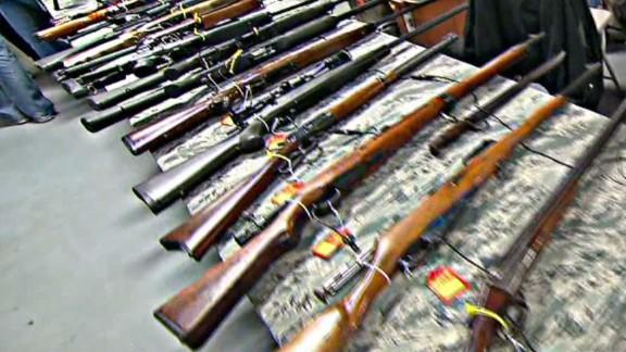erin howell missouri anti federal gun law_00002616.jpg