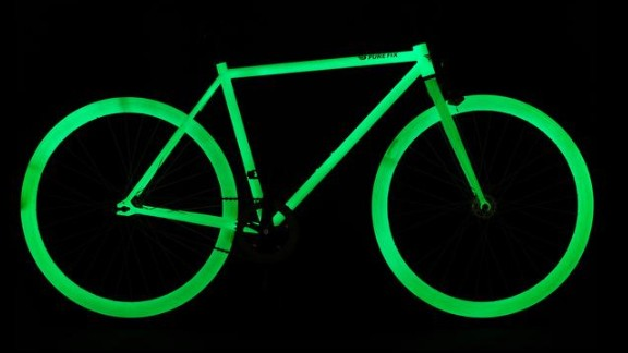 With Pure Fix's glow-in-the-dark bike, nighttime riding just became less risky. The entire frame is charged by sunlight and will illuminate at night.