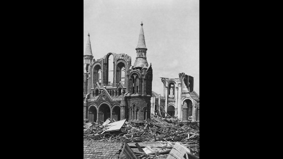 The nation's deadliest hurricane was a September storm. On September 8 the Galveston Hurricane of 1900 slammed into Texas. Storm tides of 8-15 feet are largely blamed for the hurricane's estimated 6,000 to 12,000 deaths. Property damage has been estimated at $30 million.