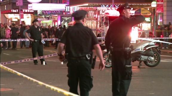 pkg Conley NYC Bystanders Shot_00005421.jpg